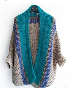Cardigan medium length, the composition is half-wool, sleeve size For additional sizes and price please contact direct or Watsapp, all will answer! Crochet Cardigan, Knit Or Crochet, Knitting Patterns, Crochet Patterns, Cocoon Sweater, Knit Fashion, Crochet Clothes, Pulls, Knitting Projects