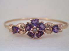 Vintage Amethyst and Diamond Flower Bangle Bracelet in Gold Cute Jewelry, Jewelry Box, Jewelry Rings, Vintage Jewelry, Jewelry Accessories, Jewelry Design, Jewlery, Gold Bangles, Bangle Bracelets