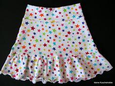 Rock Röckli Stufenrock Gr. 104/110, Sterne von kleine Kuschelrobbe auf DaWanda.com