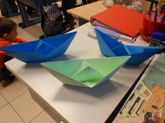 papieren bootjes vouwen