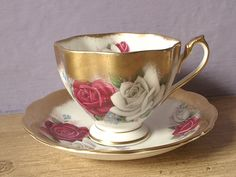 China Tea Cups and Saucers   vintage tea cup and saucer set, red white rose gold, Queen Anne ...