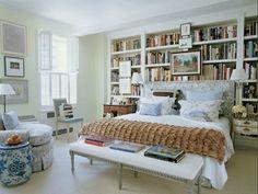 Adorei esse quarto, perfeito para ler na cama.