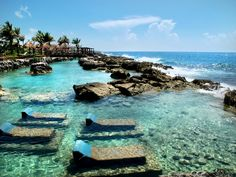 Destinos Turisticos en México   Mahahual, la paz azul del caribe http://www.wdestinos.com/destinos-turisticos/1872/mahahual-la-paz-azul-del-caribe