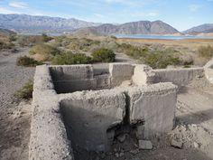 Ruinas de antiguas casas de adobe - San Juan