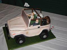 Jeep grooms cake!! Rehearsal dinner idea perhaps? =D