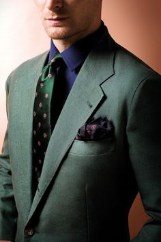 Custom Made Dark Green Groom Tuxedos 2 Pieces Mens Wedding Prom Party Suits Casual Man Blazer terno masculino (Jacket+Pants) Green Suit, Green Blazer, Green Jacket, Der Gentleman, Gentleman Style, Sharp Dressed Man, Well Dressed Men, Mens Fashion Suits, Mens Suits