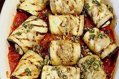Auberginenröllchen mit Mozzarella und Tomatensauce, ein raffiniertes Rezept aus der Kategorie Gemüse. Bewertungen: 23. Durchschnitt: Ø 4,4.