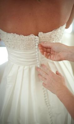 that is so pretty Wedding Dress with Lace Bodice - Inspired by Casablanca Couture. Plus I totally want a picture of my mom zipping my dress. Wedding Wishes, Wedding Bells, Lace Bodice, Lace Dress, Dress Long, White Dress, Bridal Gowns, Wedding Gowns, Wedding Cake