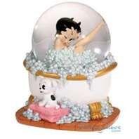 Betty Boop snow globe...