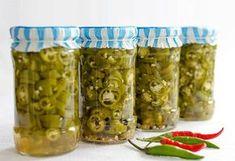 Voss Bottle, Water Bottle, Canning Pickles, Vegetarian Recipes, Cooking Recipes, Preserves, Cucumber, Mason Jars, Favorite Recipes