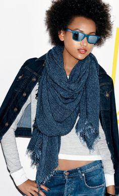 navy night wrap  http://rstyle.me/n/qtpwnpdpe