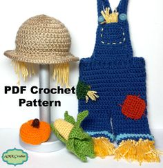 This crochet pattern gives you the instructions, so you can make a scarecrow hat, overalls, and little amigurumi corn and pumpkin prop. Perfect photo prop for every little boy and girl! Great for any newborn photo session! Basic Crochet Stitches, Crochet Basics, Baby Halloween Costumes, Halloween Kostüm, Crochet Toys, Crochet Baby, Scarecrow Hat, Fall Scarecrows, Newborn Crochet Patterns