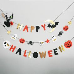 The Intersection of Design & Motherhood Meri Meri Halloween Banners 2014 Diy Deco Halloween, Bonbon Halloween, Happy Halloween Banner, Halloween Bunting, Halloween Birthday, Diy Halloween Decorations, Spooky Halloween, Holidays Halloween, Halloween Crafts