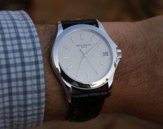 patek philippe watches for men Best Watches For Men, Luxury Watches For Men, Cool Watches, Wrist Watches, Dream Watches, Sport Watches, Modern Watches, Vintage Watches, Patek Philippe Aquanaut