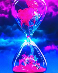 Hour Glass Animation - Best of Wallpapers for Andriod and ios Flash Wallpaper, Trippy Wallpaper, Live Wallpaper Iphone, Skull Wallpaper, Cellphone Wallpaper, Galaxy Wallpaper, Wallpaper Backgrounds, Animation, Dope Wallpapers