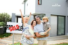 Stock Photograph: Family buying a house ~ Image Home Selling Tips, Selling Your House, Happy People Photos, Paying Off Mortgage Faster, Types Of Shorts, Moving And Storage, Home Buying Process, Quick Cash, Shorts Sale