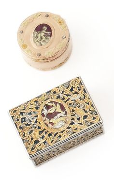 A Louis XV gold, silver, and enamel boite a mouches et a rouge and a varicolor gold and enamel snuff box, Paris / Swiss or German, 1762-68 / circa 1775. -- Sotheby's