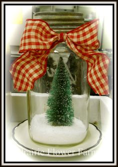 Real link for Christmas tree mason jar. via Prairie Flower Farm.