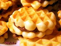 Faguri, poza 1 Romanian Desserts, Romanian Food, Romanian Recipes, No Cook Desserts, Just Desserts, Breakfast Snacks, Breakfast Recipes, Cake Recipes, Dessert Recipes