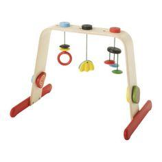 Toller Spielebogen/Babygymnastikcenter von Ikea. Aus Holz und trotzdem schön bunt :) Affiliate Link