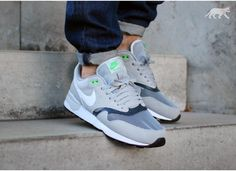 Nike Air Odyssey (Silver / white - classic charcoal)
