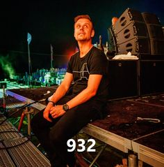 This week ASOT 932 - A State of Trance 932 a new episode of the Armin Van Buuren radio show live from Amsterdam starting on A State Of Trance, Khal Drogo, Show Video, Armin Van Buuren, Lena Headey, Spartacus, Movie Mistakes, Valar Morghulis, Thomas Brodie Sangster