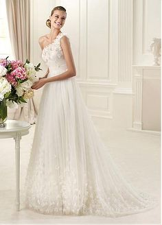 Glamorous One Shoulder Wedding Dress