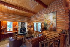 Stay in a private log cabin home. Enjoy the luxury of rustic and western decor plus a large collection of western art. Triple Creek Ranch is an all-inclusive luxury guest ranch located in Montana, US. Plan your romantic vacation to our beautiful ranch resort destination. Add this idea to your travel bucket list.