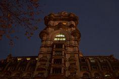 Palacio Barolo, Buenos Aires. http://www.recorriendo.com/2014/07/15/palacio-barolo-el-rascacielos-escondido-de-buenos-aires/