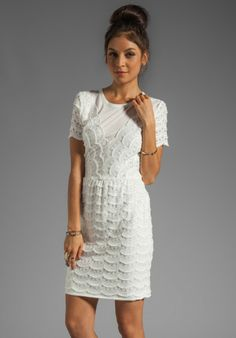 Marc By Jacobs White Scallop Tier Lace Dress Fringe Strapless Formal
