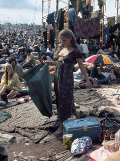 Mulheres do Woodstock de 69 adiantaram as tendências de hoje!