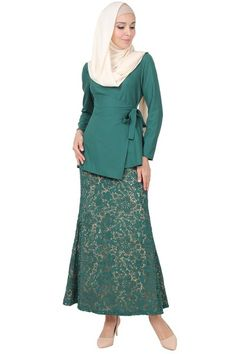 PREMIUM Erlina Blouse & Skirt Set - Dark Green