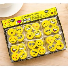 CUTE COLLECTABLE IWAKO JAPANESE KOREAN NOVELTY 4x BANANA WITH FACES SKIN ERASERS