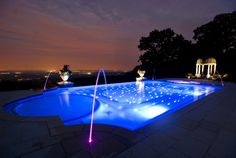 Looking for swimming pool spa design ideas? Access images from top swimming pool designers to get inspired today. Swimming Pool Decorations, Swimming Pool Lights, Swimming Pool Landscaping, Swimming Pool Designs, Outdoor Swimming Pool, Landscaping Ideas, Night Swimming, Rooftop Pool, Pool Spa