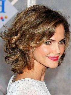 Medium Curly Hairstyles Prepossessing 16 Must Try Shoulder Length Hairstyles For Round Faces  Pinterest