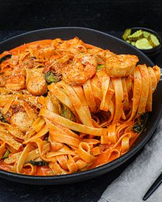 Spicy Pasta, Seafood Pasta, Pasta Recipes Video, Cooking Recipes, Easy Asian Recipes, Healthy Recipes, Spicy Seafood Recipes, Asian Cooking, Korean Food