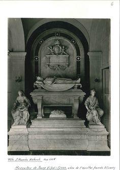 Tomba de Josep Xifré, Arenys de Mar.