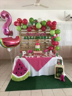 Party Decorations Simple Birthday Ideas For 2019 Baby Shower Watermelon, Watermelon Birthday Parties, Fruit Birthday, First Birthday Party Themes, Baby Girl 1st Birthday, Watermelon Party Decorations, Birthday Ideas, Partys, 1st Birthdays
