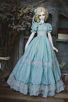 Ancient Orchid OOAK handmade dress set for bjd dollfie sd Barbie Gowns, Doll Clothes Barbie, Vintage Barbie Dolls, Barbie Dress, Beautiful Dolls, Pretty Dolls, Ooak Dolls, Art Dolls, Fairytale Fashion