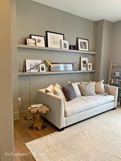 Modern home tour with beautiful neutral accents (Thrifty Decor Chick) Farmhouse Style Decorating, Interior Decorating, Interior Design, Wall Behind Bed, Thrifty Decor Chick, Grey Walls, Contemporary Interior, Bedroom Wall, Home Accents