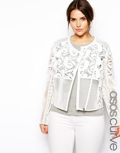 Love how fresh this premium lace jacket by ASOS CURVE looks, especially with white skinnies : http://asos.do/micfcb