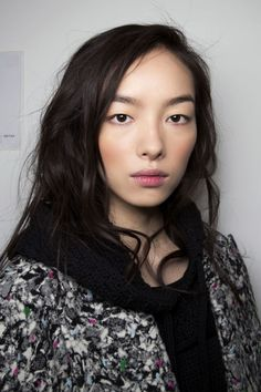 Sure, Fei Fei Sun's perfectly matte here, but give her a place in the sun, and her low-on-the-cheek bronzer situation will look even better. Normally, you'd suck in your cheeks then sweep powder in the hollow to contour, but when you put blush or bronzer underneath the cheekbone, it creates a ruddy, childlike effect. And like we talked about before, a bit of perspiration dissolves the makeup so it becomes part of your skin.