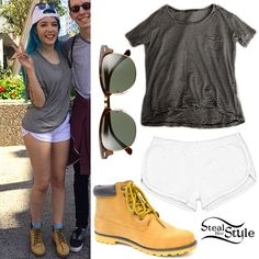Halsey met with fans before her performance at VIVA PHX in Arizona a few days ago wearing a Brandy Melville Striped Quinn Top (sold out, similar style for $22.00), American Apparel Interlock Running Shorts ($22.00), Ray-Ban Dark Tortoise Clubmaster Sunglasses ($150.00), and shoes similar to the Charles Albert Maryy Boot ($24.97). Read full story »