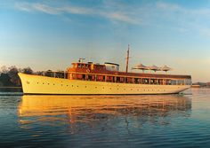Miss Anne - Presidential motor yacht...