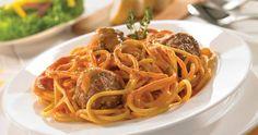 Feralf - Receta: Espaguetis con tuco y albóndigas http://feralf.com/index.php/blog/cocina/item/espaguetis-con-tuco-y-albondigas-2