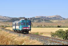 Net Photo: Ferrovie dello Stato (FS) at Butera, Italy by Giuseppe Pastorello Location Map, Photo Location, Sicily, Locomotive, Train, Locs, Strollers
