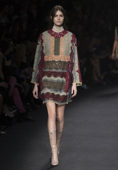 Valentino Women Fall/Winter 2015 Collection. Look 26