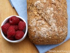 Trines grove firekornbrød Greens Recipe, Scones, Bread Recipes, Banana Bread, Nom Nom, French Toast, Sandwiches, Berries, Food And Drink