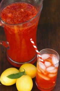 Home made strawberry lemonade