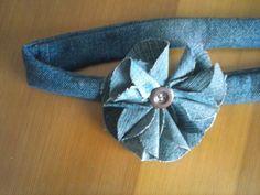 cinta para el pelo con flor de tela vaquera